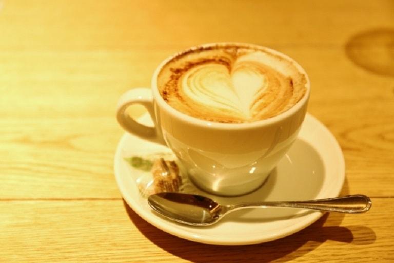 自宅でカフェラテ