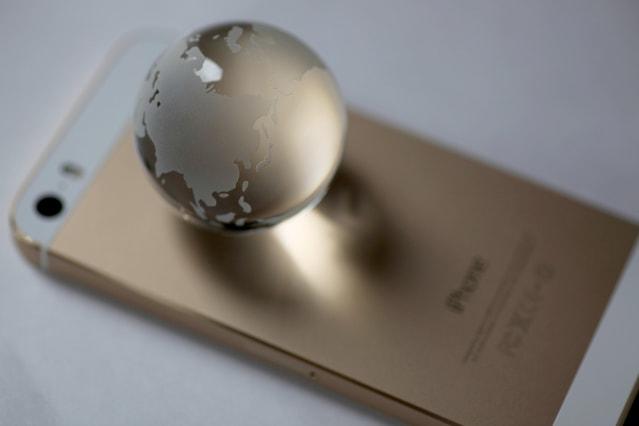 iPhoneと通信のイメージ