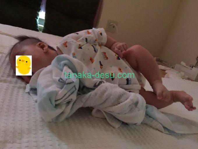 横向きの赤ちゃん