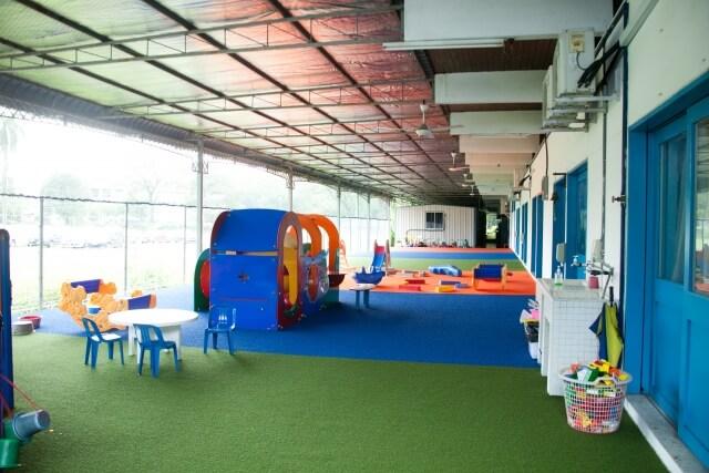 子育て新センター