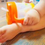 赤ちゃんのストロー練習、飲ませ方。おすすめマグや息子の習得方法